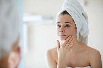 6-huiles-de-soin-pour-sublimer-la-peau-et-les-cheveux_width1024