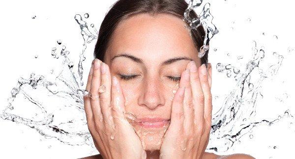 signes-peau-deshydratee-soins-specifiques-adaptes-tous-types-peau